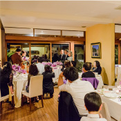 レストラン プランデルブ北鎌倉の会食の風景