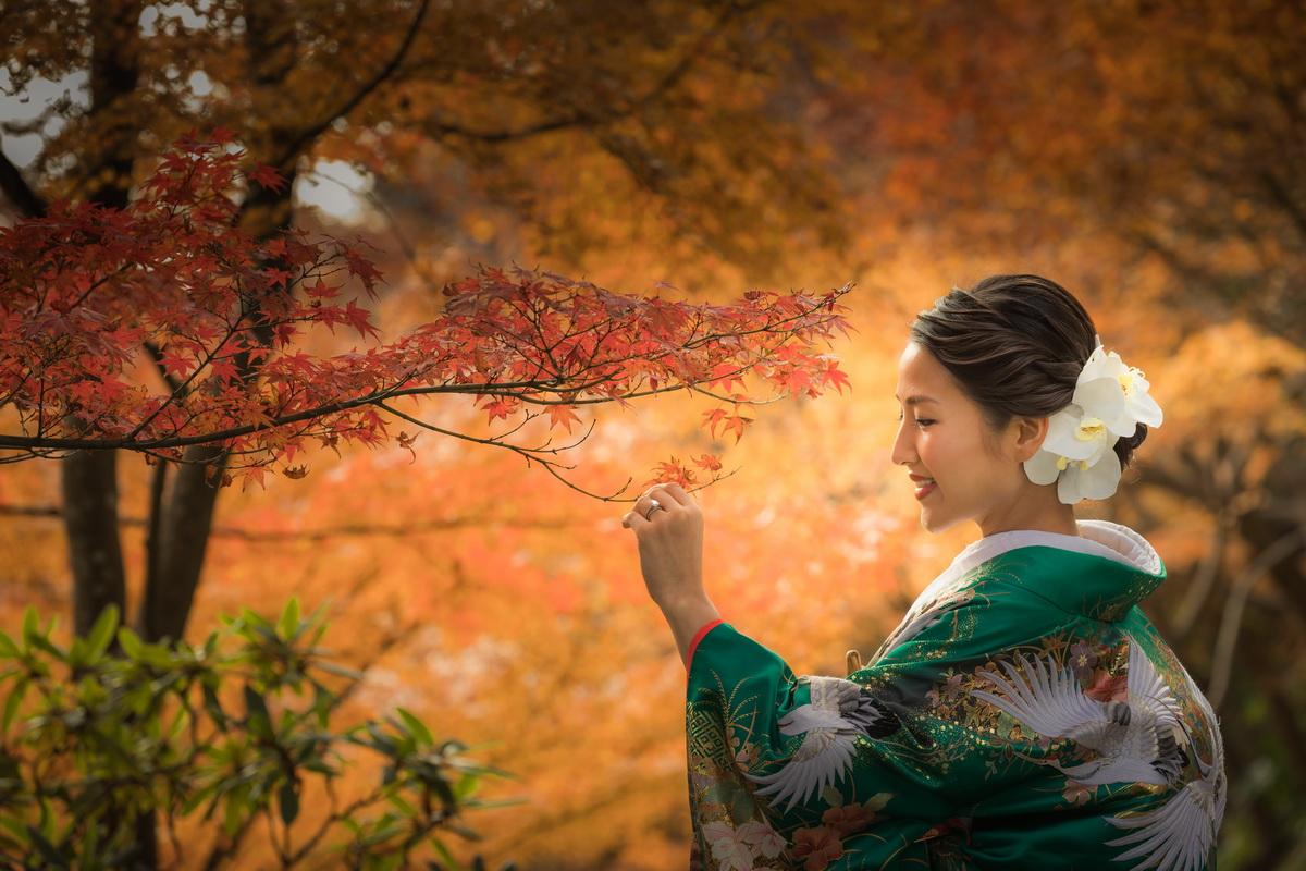 和装 前撮り フォト婚 色打掛 紅葉 長谷寺 新婦一人