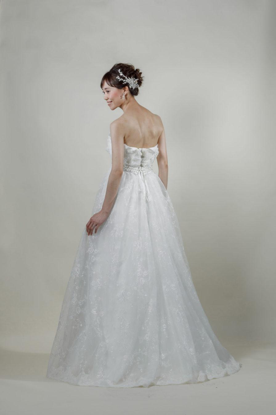 洋装 ウェディング ドレス 前撮り 後ろ向き画像 W917-B スタンダードコレクション