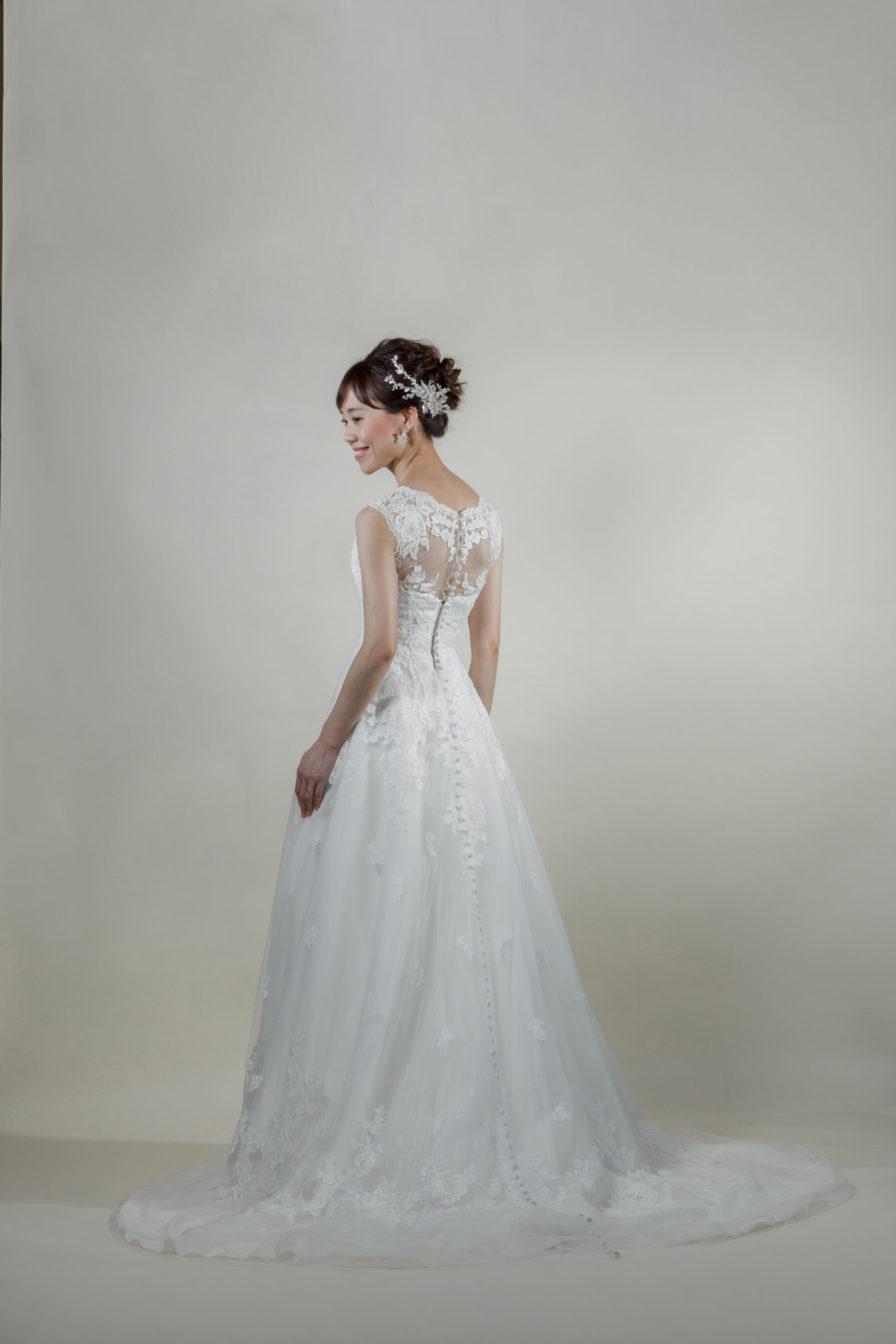 洋装 ウェディング ドレス 前撮り 後ろ向き画像 RI8014 ラグジュアリーコレクション