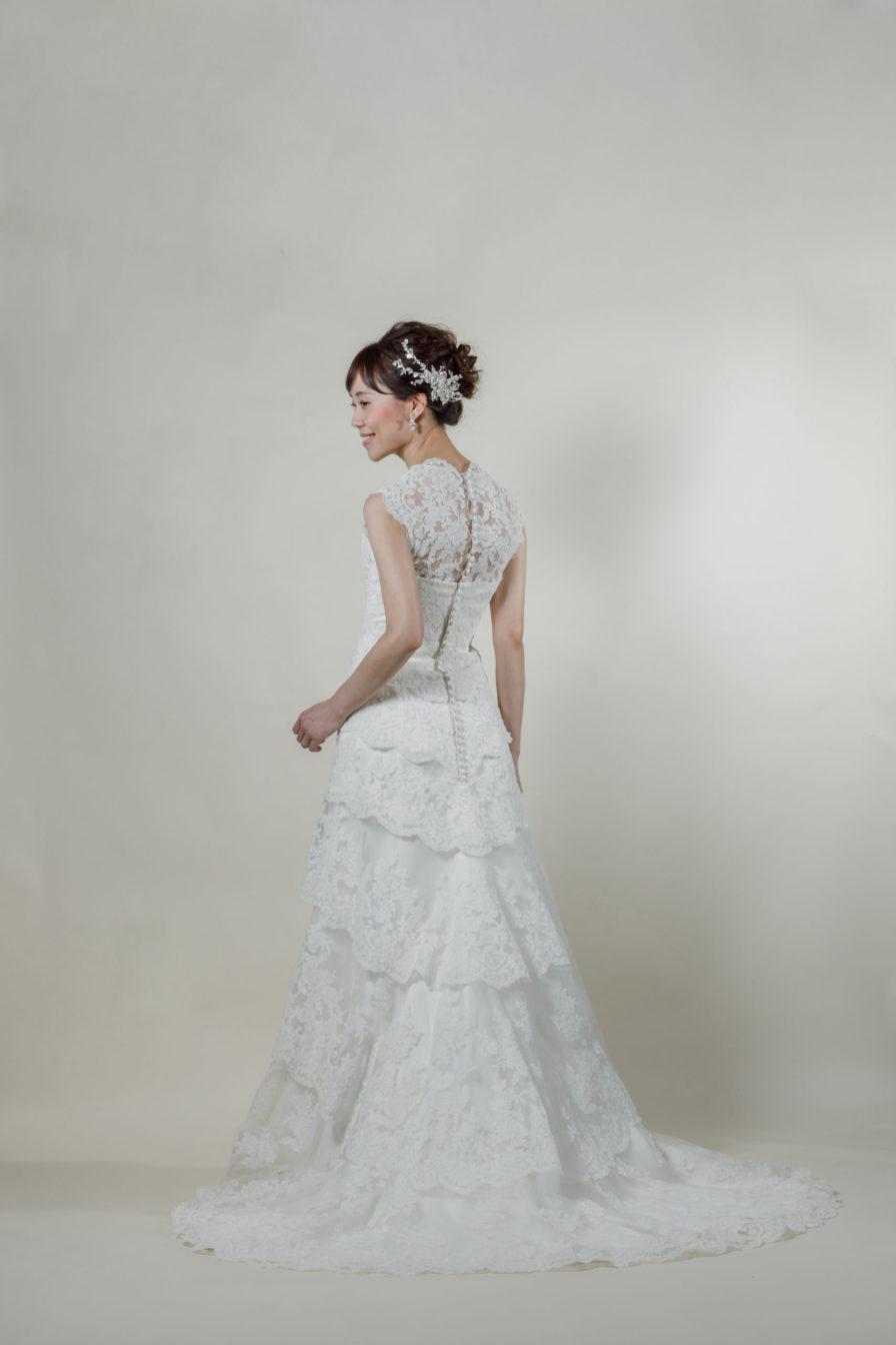 洋装 ウェディング ドレス 前撮り 後ろ向き画像 RI-8005A ラグジュアリーコレクション