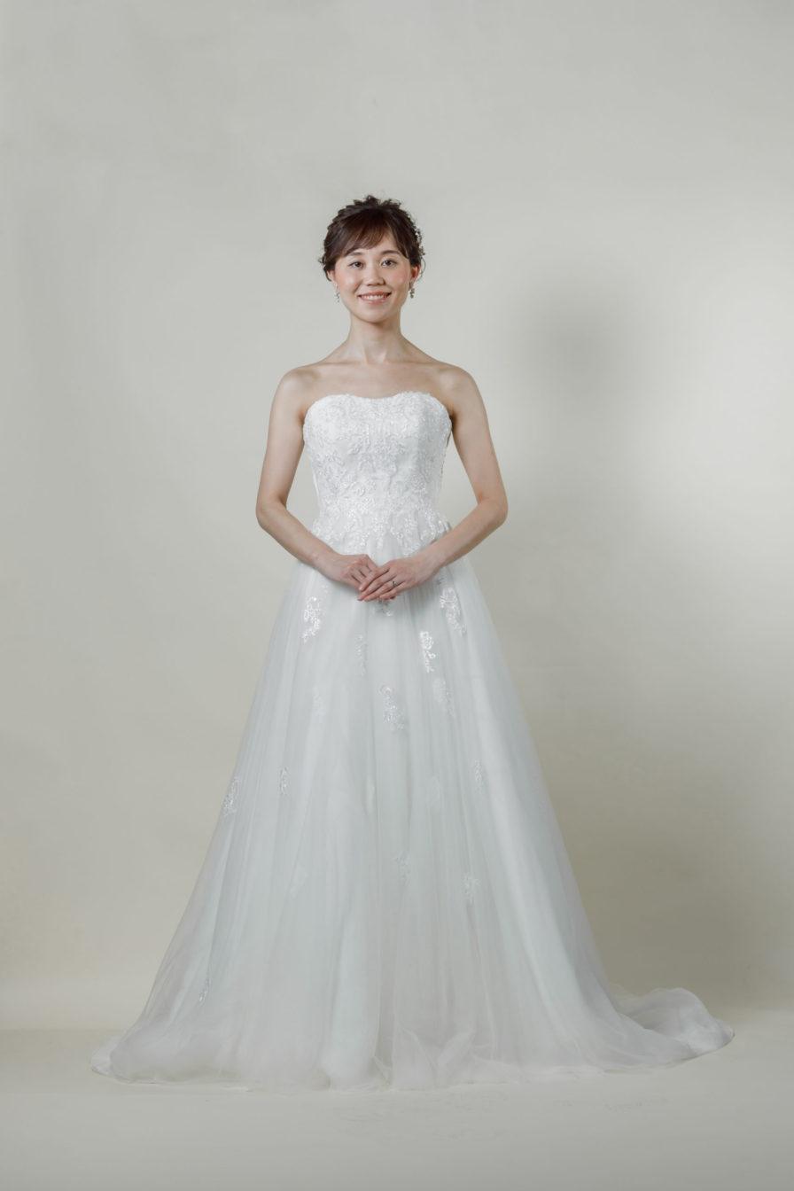 洋装 ウェディング ドレス 前撮り 正面向き画像 CRI-8016 ラグジュアリーコレクション