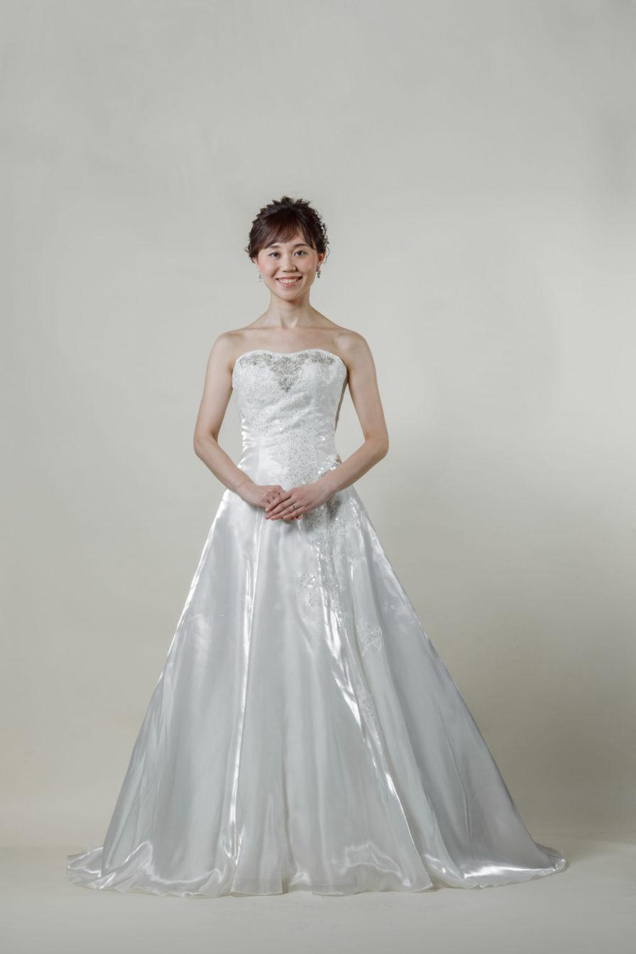 洋装 ウェディング ドレス 前撮り 正面向き画像 RI-8024 ラグジュアリーコレクション