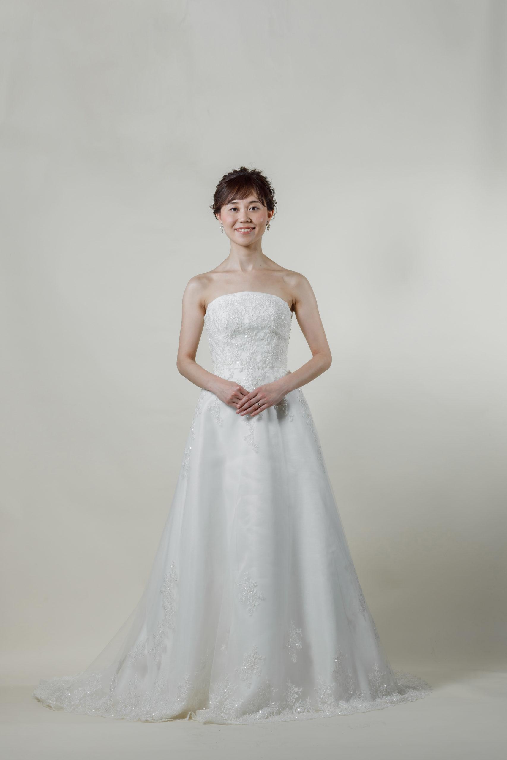 洋装 ウェディング ドレス 前撮り 正面向き画像 CR-1390-B ラグジュアリーコレクション